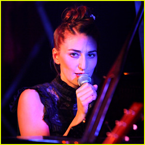 Sara Bareilles: Manderley Bar Concert Videos - Watch Now!