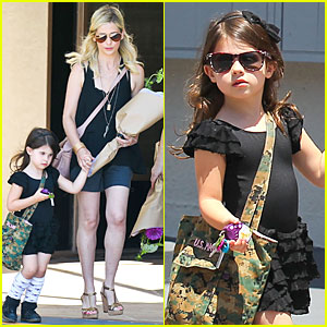 Sarah Michelle Gellar: Flying with Two Children Alone is My Latest Milestone!