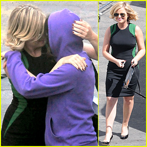 Amy Poehler Playfully Kisses Aubrey Plaza on 'Parks & Rec' Set