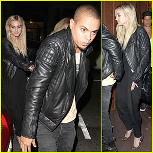 Ashlee Simpson & Evan Ross: Matching Leather Jackets!