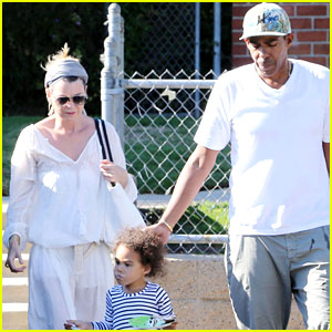 Ellen Pompeo: Family Day Out After Volunteering at Children's Hospital