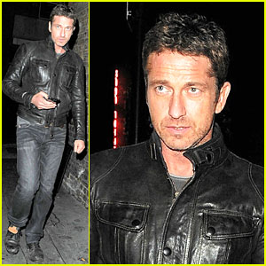 Gerard Butler Poses for Pic for Madalina Ghenea!
