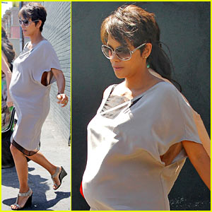 Halle Berry's Baby Bump Was a Challenge on 'X-Men' Set!