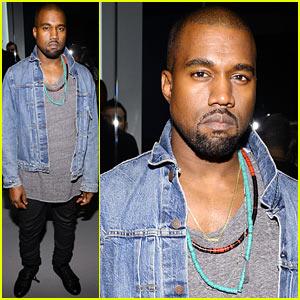 Kim Kardashian Congratulates Kanye West on Best VMAs 2013 Performance!