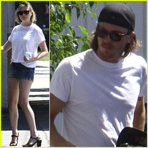 Kirsten Dunst & Garrett Hedlund Fuel Up in NoHo!