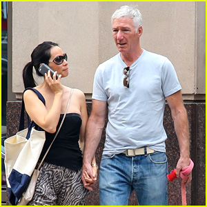Lucy Liu & New Boyfriend Hold Hands in New York City