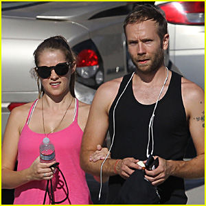 Teresa Palmer & Mark Webber: Sweaty Workout Session!