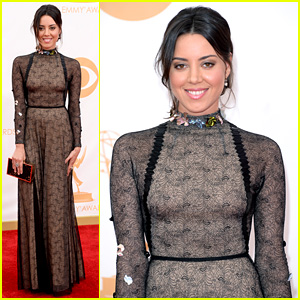 Aubrey Plaza - Emmys 2013 Red Carpet