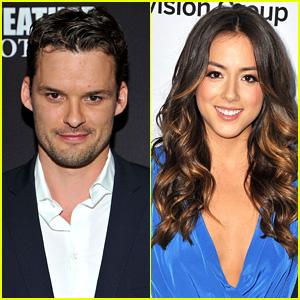 Austin Nichols & Chloe Bennet: New Couple Alert!