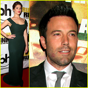 Ben Affleck: Lipstick on Cheek at 'Runner Runner' Premiere!