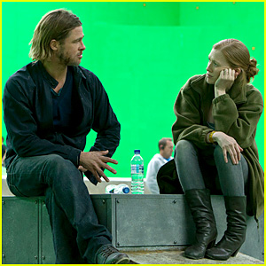 Brad Pitt: 'World War Z' Exclusive Behind the Scenes Photo!