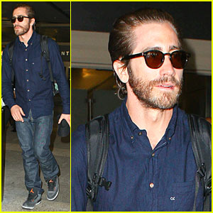 Jake Gyllenhaal Spills On Who First Kiss