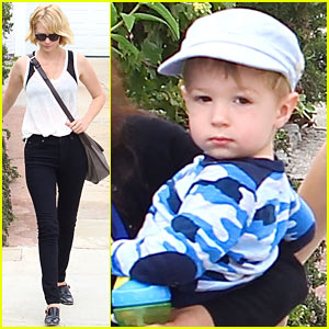 January Jones Hangs with Xander After Untrue Liam Hemsworth Rumors
