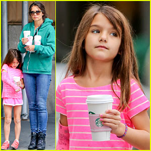 Katie Holmes & Suri Cruise Grab Many Morning Coffees!