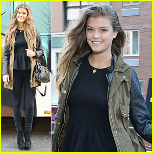 Nina Agdal: European Wax Center Bum Bus Tour!