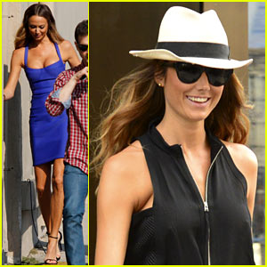 Stacy Keibler: 'Project Runway' Guest Judge Tonight!