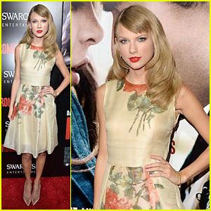 Taylor Swift Supports BFF Hailee Steinfeld at 'Romeo & Juliet' Premiere