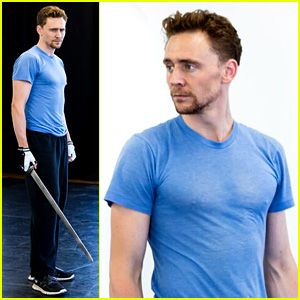 Tom Hiddleston: Fight Practice for 'Coriolanus' in London!