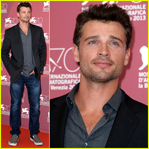 Tom Welling: 'Parkland' Photo Call at Venice Film Festival!