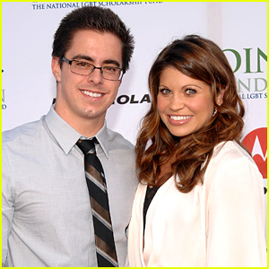 Boy Meets World's Danielle Fishel: Married to Tim Belusko!