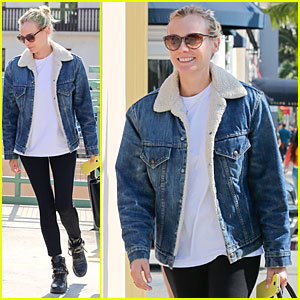 Diane Kruger Prepares for Fall with Denim Jacket!