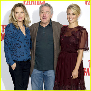 Dianna Agron & Michelle Pfeiffer: 'Family' London Photo Call!