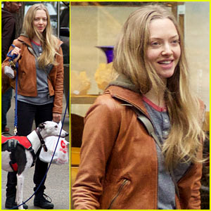 Amanda Seyfried: Halloween Dog Walk with Male Pal!