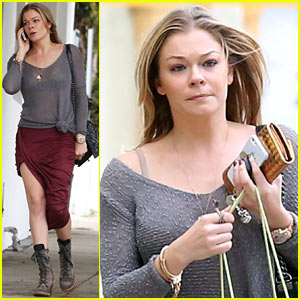 LeAnn Rimes Spends Day 'Playing Catch Up on Real Life'