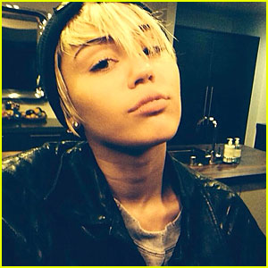Miley Cyrus Celebrates 21st Birthday, Brings Back Eyebrows!