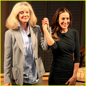 Sarah Jessica Parker: 'Commons of Pensacola' Curtain Call!