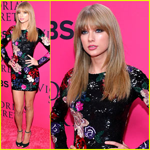 Taylor Swift - Victoria's Secret Fashion Show 2013 Pink Carpet