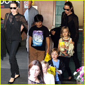 Angelina Jolie: Sunday 'Lion King' Showing with the Kids!