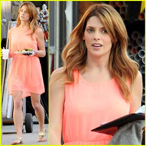 Ashley Greene Wears Little Pink Dress for 'Burying the Ex'!
