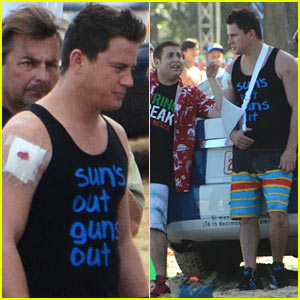 Channing Tatum Sports Arm Sling, Bloodied Bicep for '22 Jump Street'