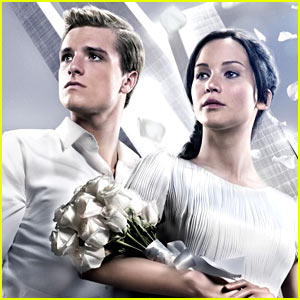 'Hunger Games: Catching Fire' Tops Box Office Again, Breaks New Record!