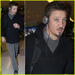 Jeremy Renner: New 'Bourne' Installment Set for 2015 Release!