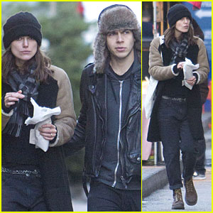 Keira Knightley: Spitalfields Market with James Righton!