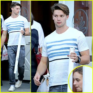 Patrick Schwarzenegger: Holiday Shopping with Taylor Burns!