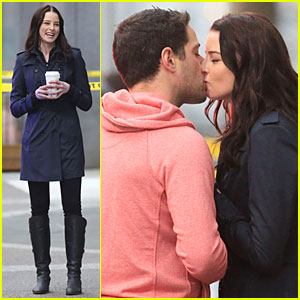 Rachel Nichols Kisses Mike Kershaw on 'Continuum' Set!