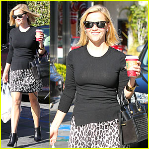 Reese Witherspoon: Wild Lunch Before Christmas!