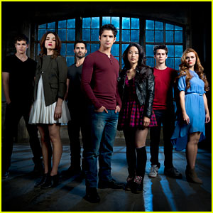 'Teen Wolf' Season 3B Cast Photo - Exclusive!