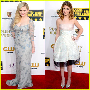 Abigail Breslin & Sophie Nelisse - Critics' Choice Awards 2014