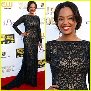 Aisha Tyler - Critics' Choice Movie Awards 2014 Red Carpet