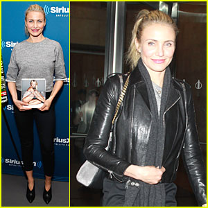 Cameron Diaz Adds Facebook to Her Social Media Roster!