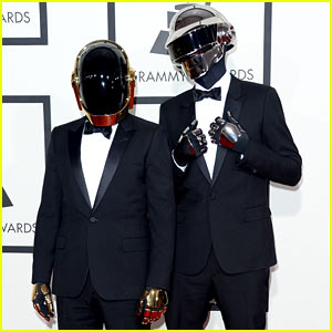 Daft Punk - Grammys 2014 Red Carpet