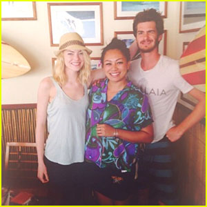 Emma Stone & Andrew Garfield: New Year's in Hawaii!