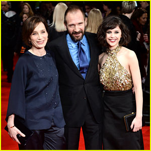 Felicity Jones & Ralph Fiennes: 'Invisible Woman' UK Premiere!