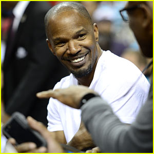Jamie Foxx Sits Court Side at Miami Heat Game!