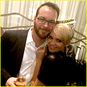 Kristin Chenoweth & Dana Brunetti: New Year's Eve in Vegas!