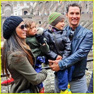 Matthew McConaughey & Camila Alves: Rome Sightseeing with Levi & Vida!